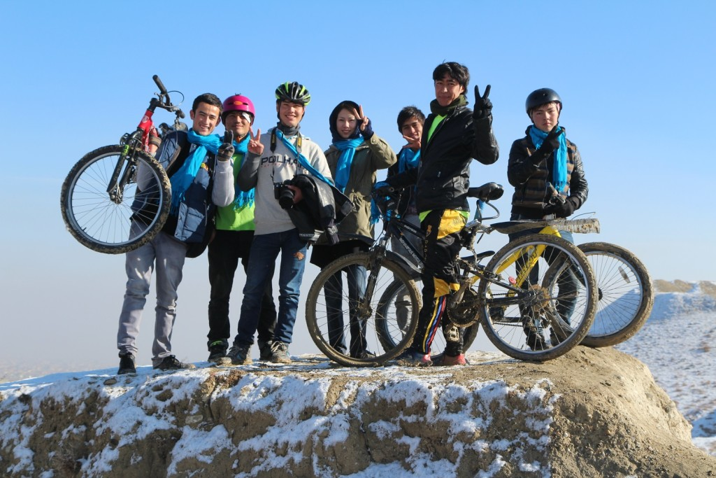 The Afghan Peace Volunteers in the new 'Borderfree Afghan Cycling Club' team