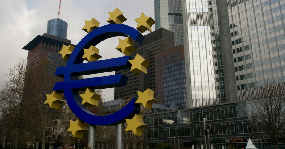 The European Central Bank began discussions on Sunday to extend emergency financial assistance to Greece. (Photo: Jurjen van Enter/flickr/cc)