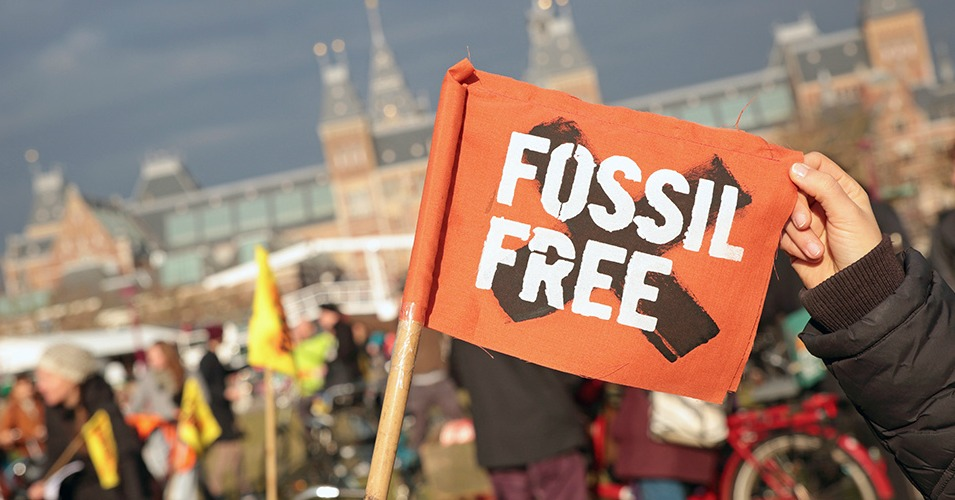 Divestment Day in Amsterdam. (Photo: 350.org/flickr/cc)