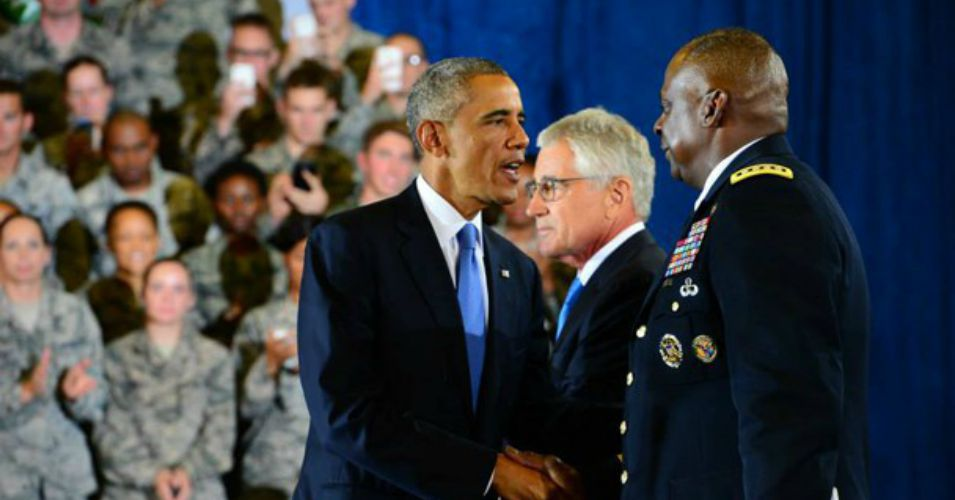 President Barack Obama shakes hands with Army Gen. Lloyd J. Austin III, commander of U.S. Central Command, who is expected to testify to a Senate panel on the ongoing operation against ISIS on Wednesday. (Photo: US Central Command)