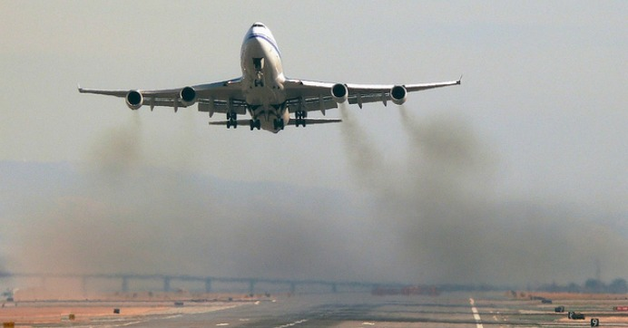 Green Groups Warn Deal to Lower Aviation Pollution is ...