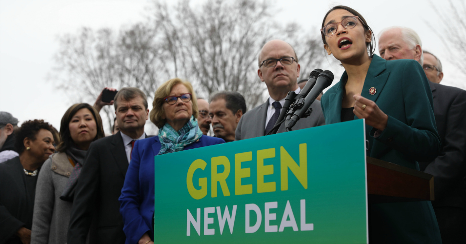 Ocasio-Cortez and Sanders Join Sold-Out Final Stop of Sunrise Movement's Road to a Green New Deal Tour