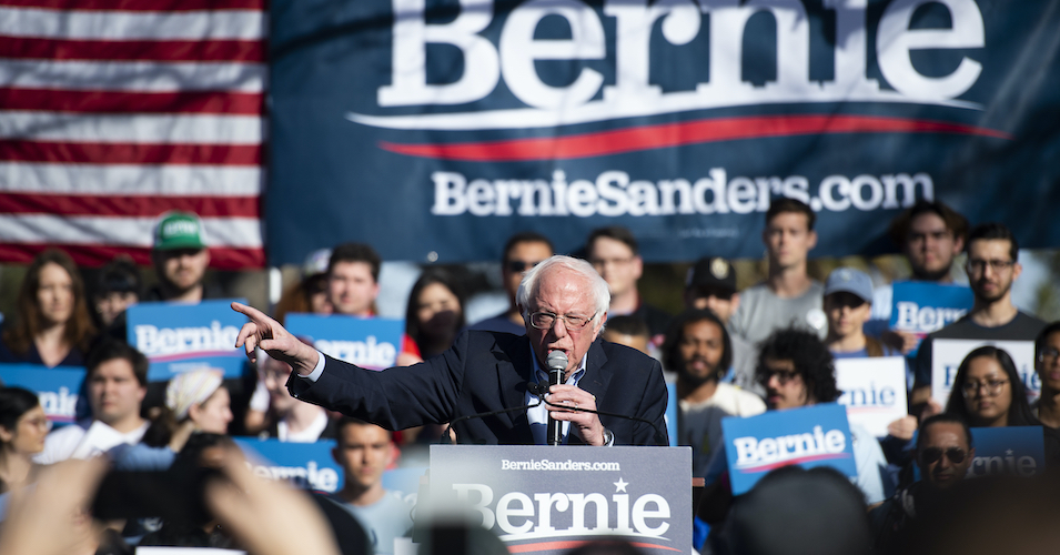Sanders Gets Backing of March for Our Lives Co-Founders for 'Intersectional' Approach to Ending Gun Violence