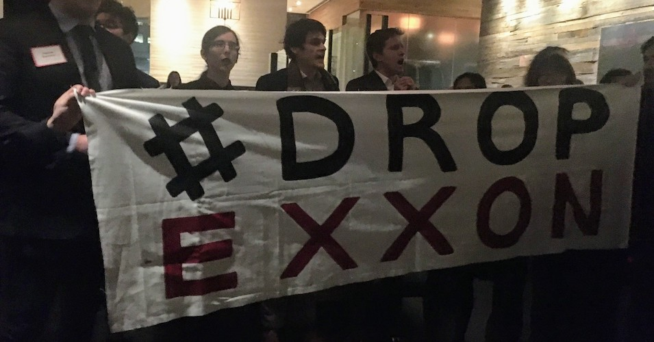 Harvard Law School Students Disrupt Recruitment Event, Calling on Major Law Firm to #DropExxon
