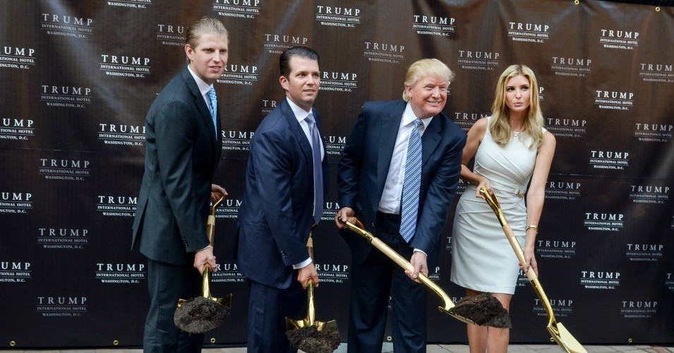lawsuit charges trump organization a  u0026 39 racketeering