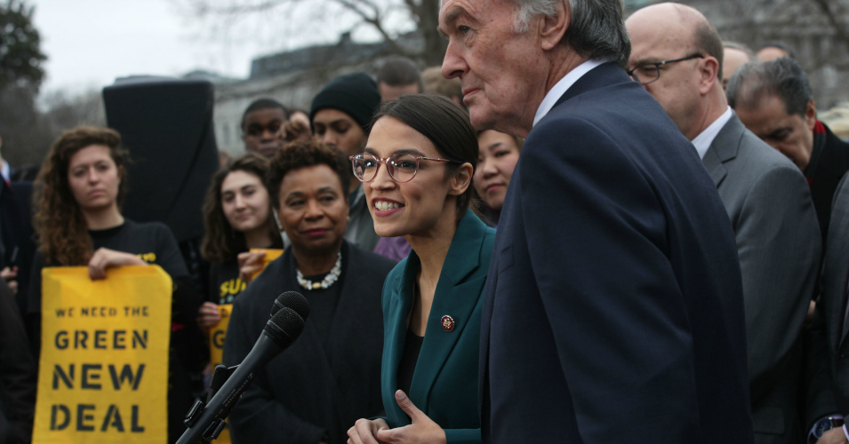 'This Is What Hope Feels Like': Green New Deal Resolution Hailed as 'Watershed Moment' for New Era of Climate Action