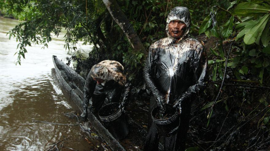 As Rivers Run Black in Peru, Indigenous Tribes Left Cleaning Big Oil's Disaster