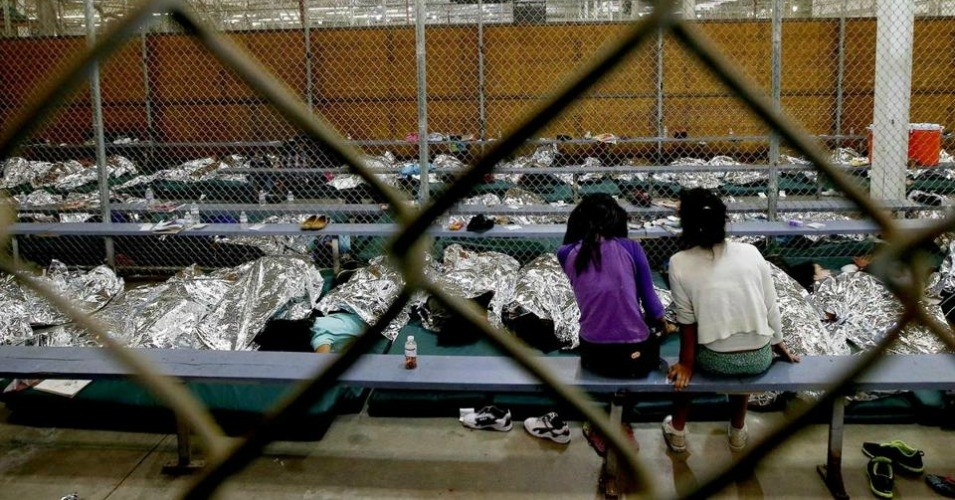 'This Is Sick': Horror as Trump Administration Plans to Detain Migrant Children at Former Japanese Internment Camp