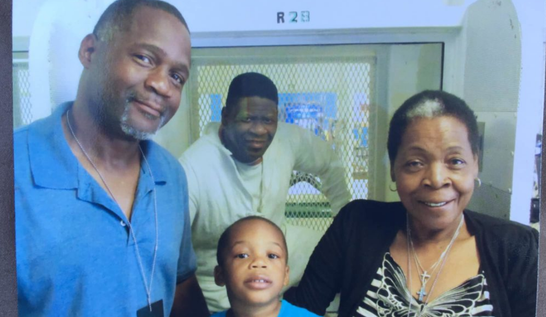 Rodney Reed Lawyers Relieved And Thankful After Stay Of Execution Granted By Texas Court Common Dreams News