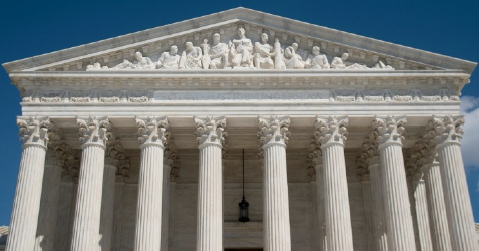'Terrible News for Workers' as Supreme Court Makes It Harder for Them to Fight Back When 'Screwed' by Employer