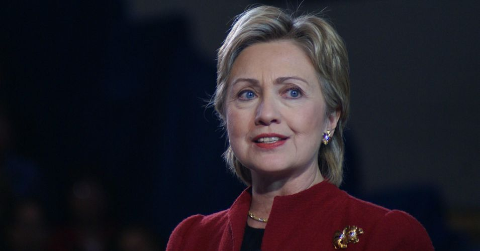 Already Hillary Clinton's campaign has pocketed about $300,000 from employees at the nation's six largest banks. (Photo: Marc Nozell/cc/flickr)