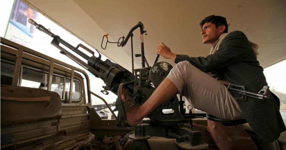 A Houthi fighter mans a weapon on a patrol truck as he guards the site of a demonstration against Saudi-led coalition airstrikes, in Sanaa April 3, 2015. (Photo: Reuters/Mohamed al-Sayaghi)