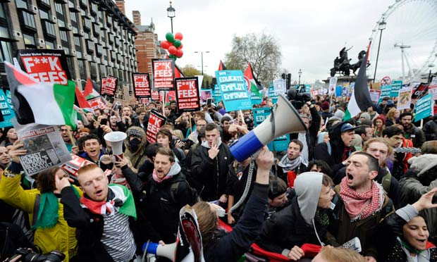 10,000 London Students Back in Streets to Mark Anniversary ...