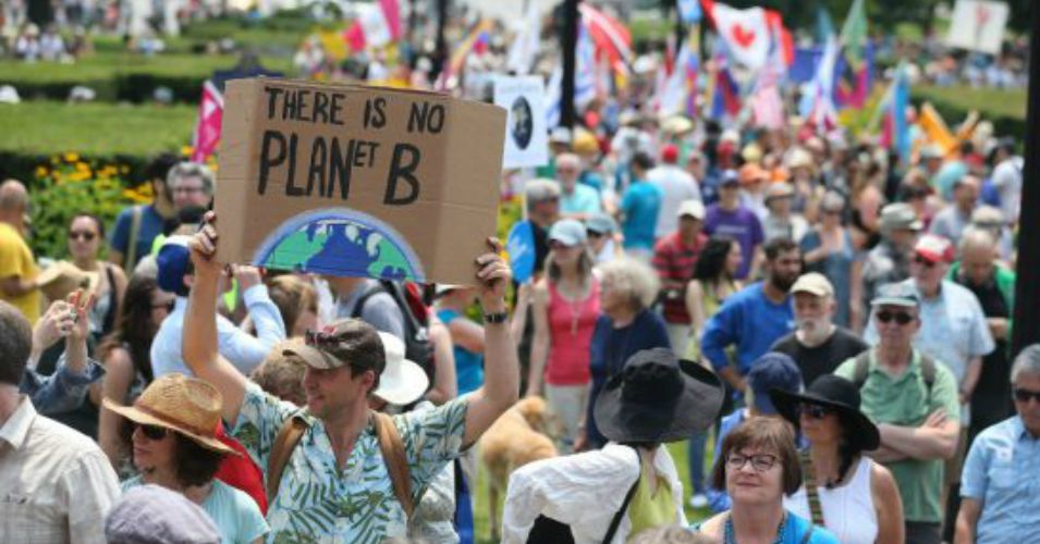 Thousands participated in the March for Jobs, Justice and Climate in downtown Toronto, July 5, 2015. (Photo: Steve Russel/Toronto Star)