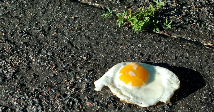 "July 2016 was ""the warmest month of any in a data record that can be extended back to the nineteenth century,"" according to the U.K.-based Copernicus Climate Change Service (CCCS). Hot enough to fry an egg, they say. (Photo: Jen/cc/flickr)"