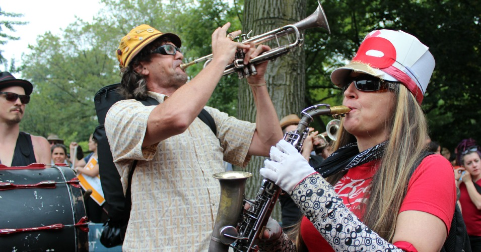 Musicians play at the People's Climate March on September 21, 2014. (Common Dreams: CC BY-SA 3.0 US)