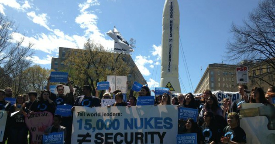 Activists stand in front of a 4-story inflatable missile during a rally in Washington, D.C. on Friday. (Photo: Global Zero)