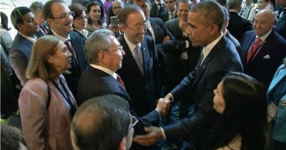 Presidents Barack Obama and Raul Castro shake hands at the start of the Summit of the Americas on Saturday, April 11, 2015. (Photo: AP)