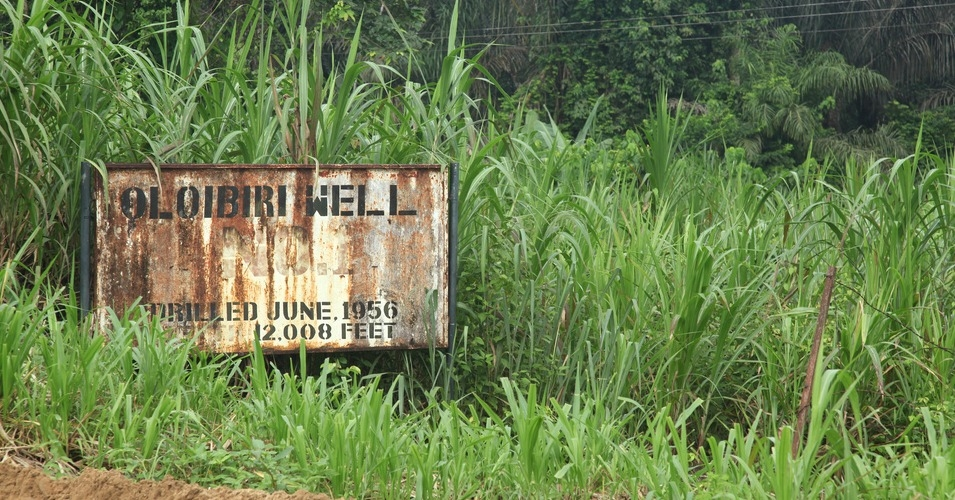 """As we stand at the very first oil well to be drilled in the Niger Delta, we ask the world to see our situation,"" says local chief. ""The oil well has been sucked dry and abandoned. As the oil well has been abandoned so have we been abandoned."" (Photo: Jeremy Weate/flickr/cc)"