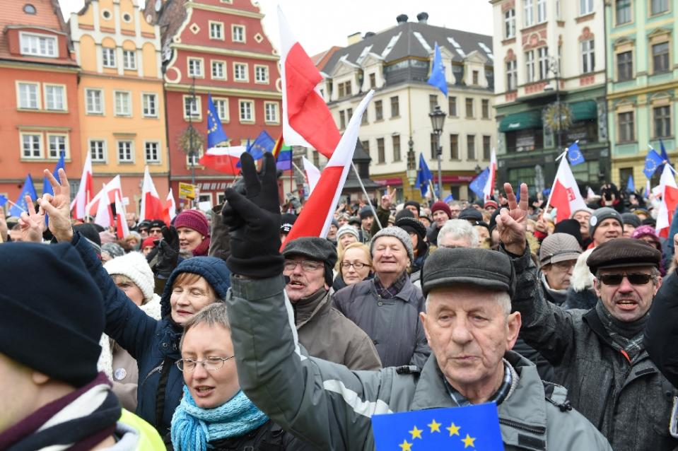 The anti-government rally in Wroclaw (AFP Photo/Janek Skarzynski)
