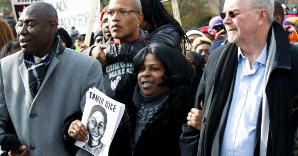 Tamir Rice's mom, Samaria (pictured below, center) welcomed the judge's ruling. (Photo: AP)
