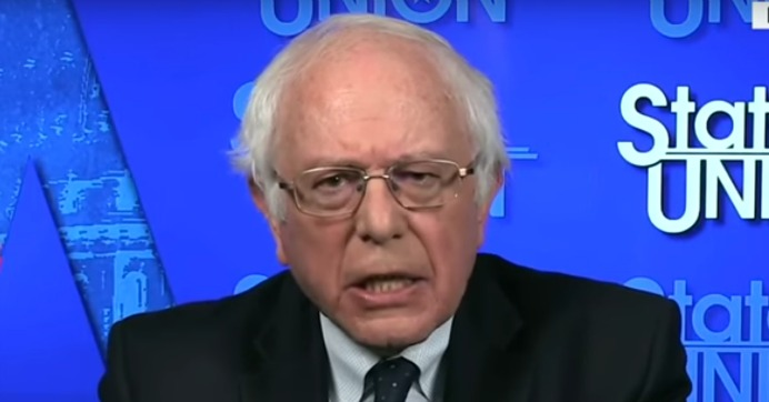 """Senator Bernie Sanders of Vermont appeared on CNN Sunday and called President Donald Trump a """"fraud""""—one who is simultaneously leading the nation in an """"authoritarian direction"""" while also actively betraying many of the working- and middle-class Americans who believed his promises that he would take on powerful interests on their behalf. (Photo: Screenshot/CNN/YouTube)"""