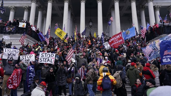 Right-wing insurrectionists, fueled by then-President Donald Trump's relentlesslies aboutvoterfraud, violently rioted at the U.S. Capitol in Washington, D.C.,in an attempt to overturn the 2020 presidential election results before lawmakers finalizedthem in a joint session of the 117th Congress onJanuary 6, 2021. (Photo: Kent Nishimura/Los Angeles Times via Getty Images)