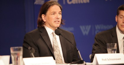 State Department intelligence analyst Rod Schoonover's testimony was nearly suppressed last week by the Trump administration. Schoonover testified before a House committee about the national security risks posed by the climate crisis. (Photo: Environmental Change and Security Program/Flickr/cc)