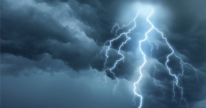 The National Weather Service in Fairbanks, Alaska recorded lightning within 300 miles of the North Pole over the weekend. (Photo: iStock/Getty Images Plus)