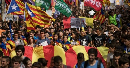 Students gather as they demonstrate against the position of the Spanish government to ban the Self-determination referendum of Catalonia during a university students strike on September 28, 2017 in Barcelona, Spain. (Photo: Dan Kitwood/Getty Images)