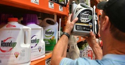"""""""Today's verdict reinforces what another jury found last year, and what scientists with the state of California and the World Health Organization have concluded: Glyphosate causes cancer in people,"""" Environmental Working Group president Ken Cook said in a statement. (Photo: AFP/Getty Images)"""