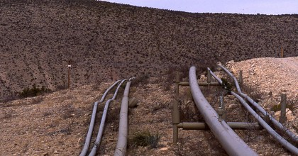 Pipelines in New Mexico. (Photo: Forest Guardians, Wikimedia Commons)