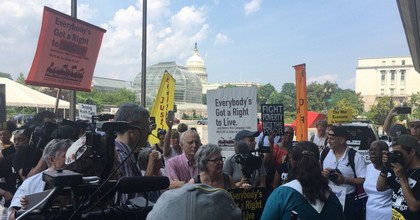 Supporters of the Poor People's Campaign demonstrated outside the Health and Human Services Department on Capitol Hill in Washington, D.C. on Monday. (Photo: @UniteThePoor/Twitter)