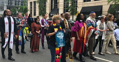 """Religious leaders walk towards the White House on Wednesday as part of the """"Moral Witness Wednesday"""" protest against the Trump administration. (Photo: AFSC via Twitter)"""