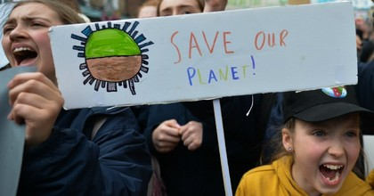 Irish schools students during the Global School Strike for Climate Action march from St. Stephen's Green to Leinster House, demanding an immediate action on climate change, on Friday, March 15, 2019, in Dublin, Ireland. (Photo: Artur Widak/NurPhoto via Getty Images)