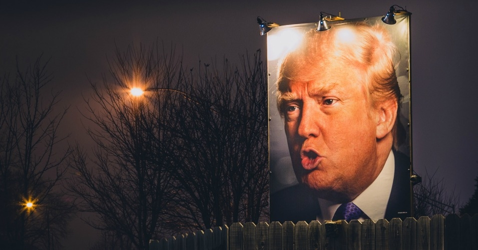 A blown-up image of the presumptive GOP nominee in a West Des Moines, Iowa backyard. (Photo: Tony Webster/cc/flickr)