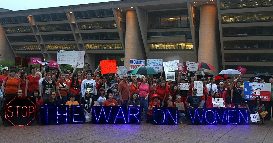 At the National Day of Action to Defend Women's Rights rally, held in July, 2013 at Dallas City Hall. (Photo: Steve Rainwater/flickr/cc)
