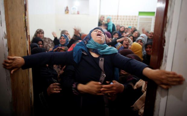 gaza_mourners_reuters_2018-03-31t091530z