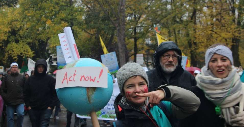 A climate March in Bonn on Saturday, November 11, 2017. (Photo: Takver/flickr/cc)