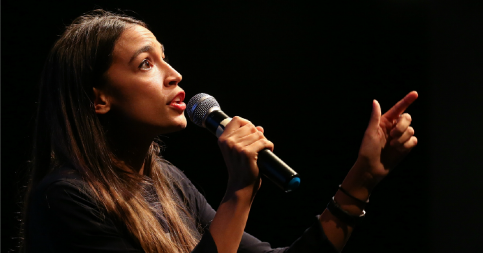 Rep.-elect Alexandria Ocasio-Cortez (D-N.Y.) speaks at a progressive fundraiser on August 2, 2018 in Los Angeles, California. (Photo: Mario Tama/Getty Images)