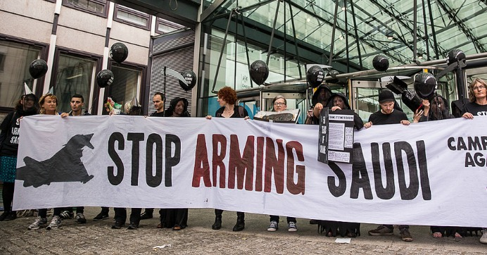 Human rights campaigners protest against arms sales to Saudi Arabia outside the Defence and Security Organisation (DSO), the Government department responsible for arms export promotions. (Photo: Campaign Against Arms Trade/Flickr/cc)