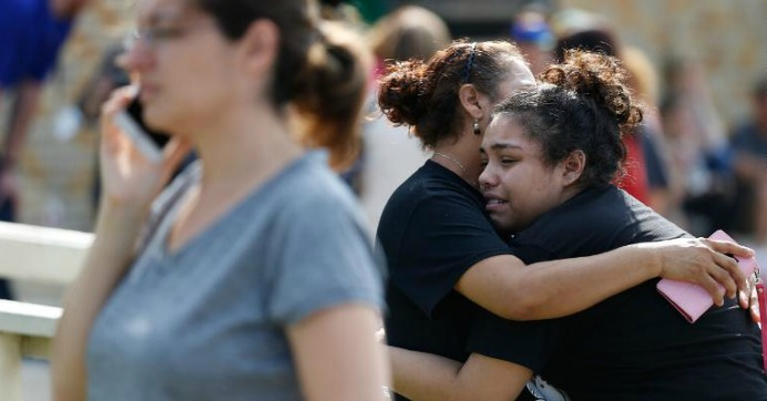 """""""Again, we see another community devastated by this national epidemic of gun violence. Congress's inaction in the face of this horrific, constant violence is a betrayal of our kids,"""" Rep. Barbara Lee (D-Calif.) wrote on Friday. (Photo: Michael Ciaglo/Houston Chronicle via AP)"""