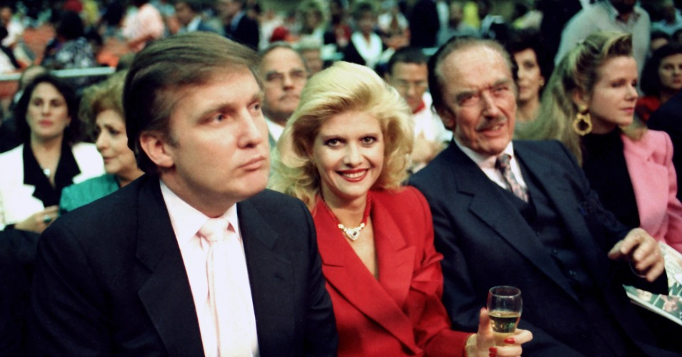 Donald Trump with his ex-wife, Ivana, and his father Fred in 1988. (Photo: Jeffrey Asher/Getty Images)