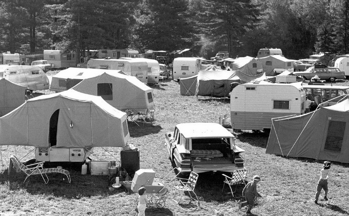 Gunstock Campground and Recreation Area, Guilford, New Hampshire, 1961. Eric M.Sanford/Flickr, CC BY-NC