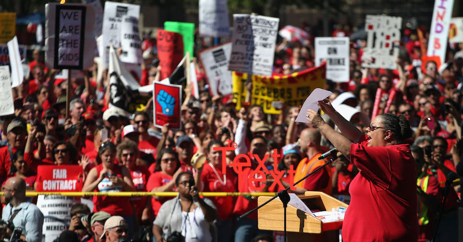 Chicago Teachers Union then-president Karen Lewis speaks to supporters during a rally at Union Park September 15, 2012 in Chicago. (Photo: Scott Olson/Getty Images)