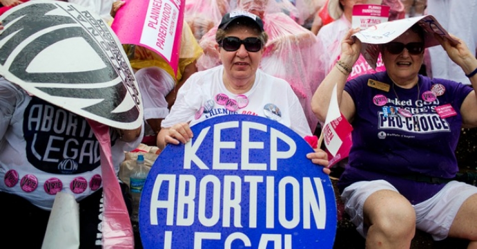 A federal judge on Friday temporarily blocked Mississippi's six-week abortion ban. (Photo: PBS NewsHour/flickr/cc)