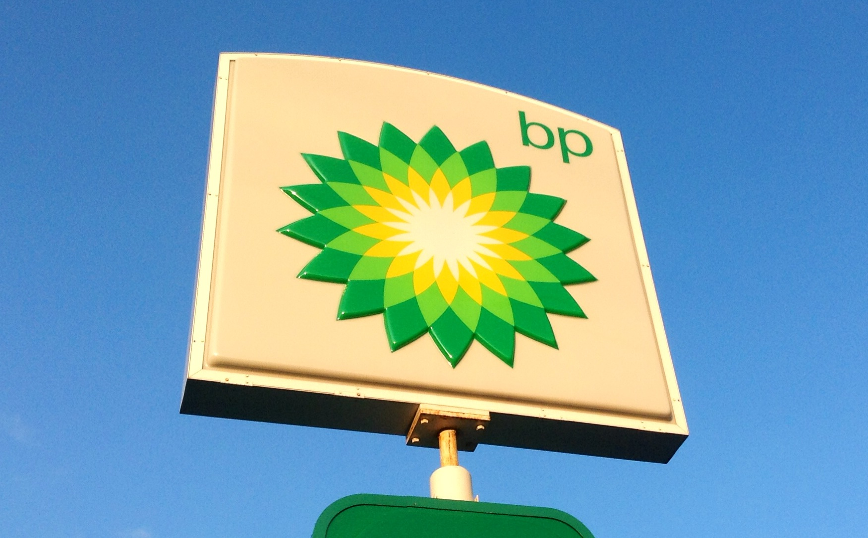 BP and Big Oil Drive Society Over the 'Climate Cliff'