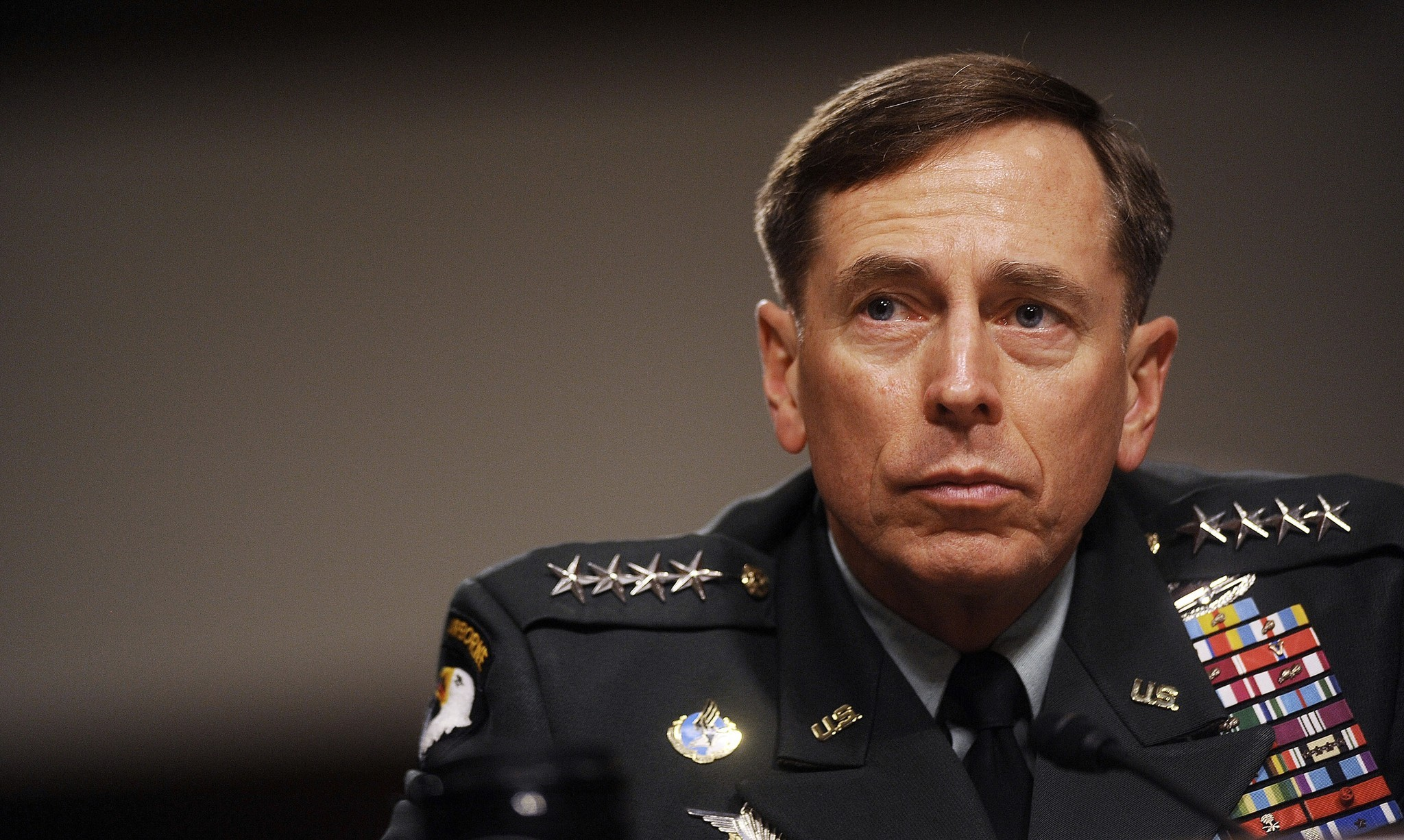 To Send a Message, Judge Sentences David Petraeus to 75% of One Speaking Fee | Common Dreams | Breaking News & Views for the Progressive Community - davidpetraeus030515