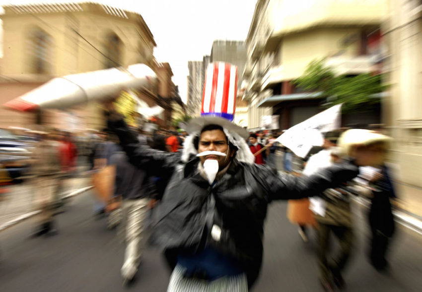 the decline of the us hegemony politics essay By kumar david - populism (alt-right, alt-left) and the global struggle for hegemony: earthquakes stuns us democrats and mexico a tussle for the future of the.