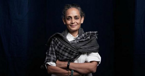 war talk by arundhati roy essay Amazoncom: war talk (9780896087248): arundhati roy: books  things that  can and cannot be said: essays and conversations arundhati roy 39 out of.